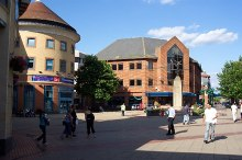 Woking, Town Square, Surrey © Ron Strutt